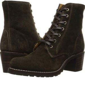 Frye green suede Sabrina boots